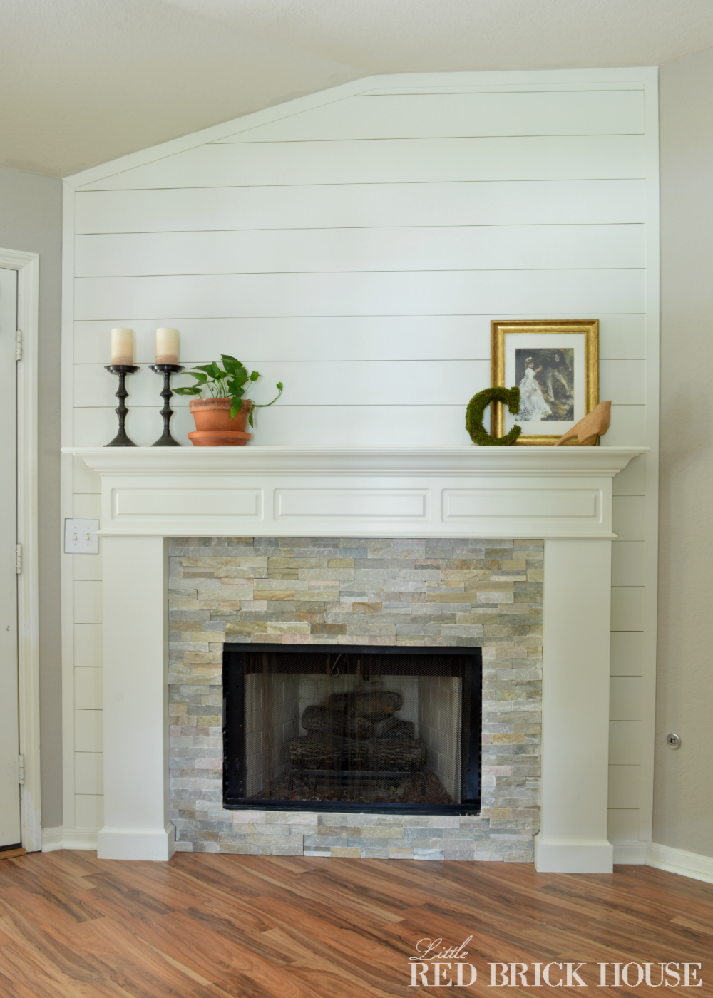Fireplace makeover stonework little red brick house - Floor to ceiling brick fireplace makeover ...