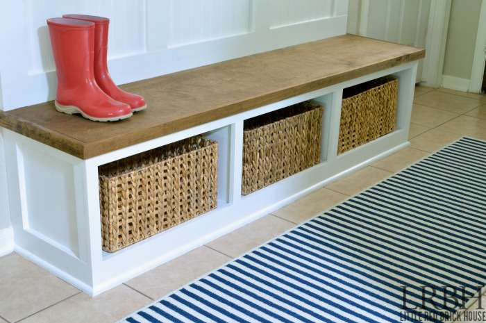 Diy Entryway Mudroom Reveal Little Red Brick House