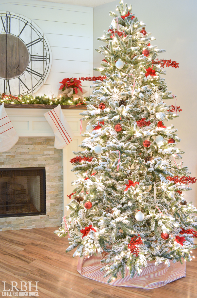 My Home Style Blog Hop: Christmas Tree Edition